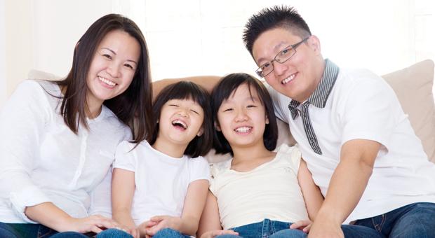 happy-family_roomchang-dental_pediatric-dentistry