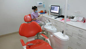 Getting-dental-care-in-Cambodia-A-visit-to-Roomchang