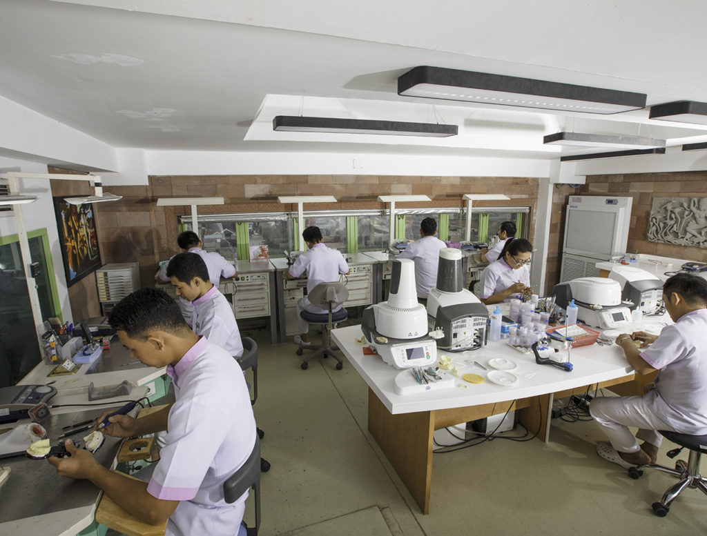 dental-lab-roomchang